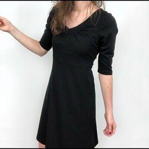Eddie Bauer Black Lily 3/4 Sleeve V-Neck Dress